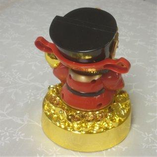 Бог богатства на золотых слитках кивает процветание, 13x9cm