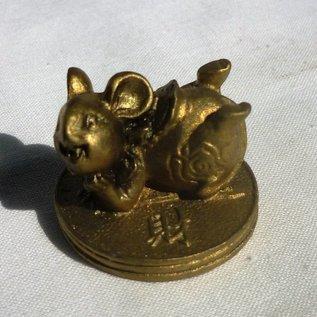 Ratte auf Münze ca. 2cm