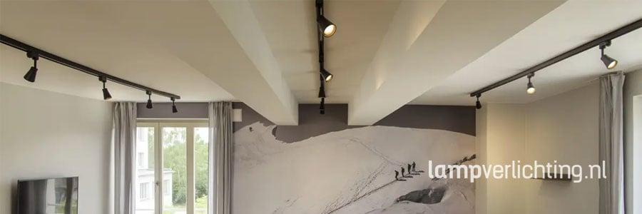 railverlichting in een woonkamer
