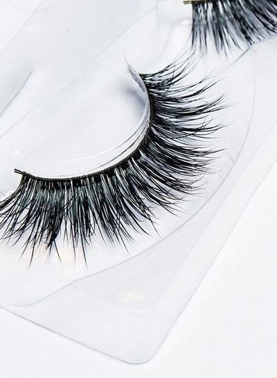Lilly Lashes Lilly lashes Lush