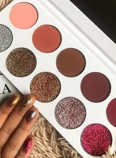 Aria Cosmetics Aria Cosmetics - The Rose Palette