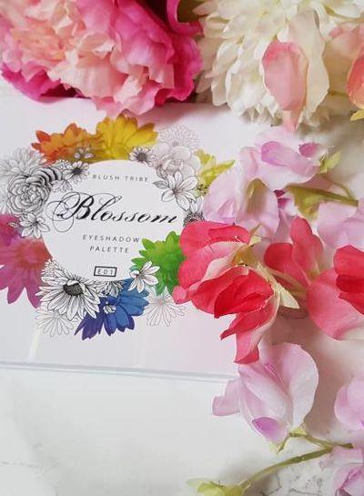 Blushtribe Blushtribe The Blossom palette