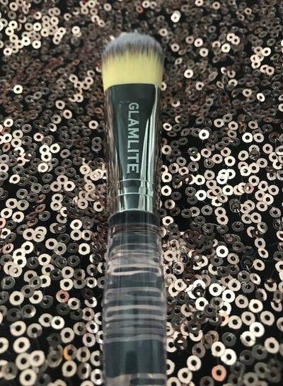 Glamlite Glamlite Concealer & Foundation Brush