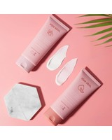 Alya Skin  Alya Skin Daily skincare package