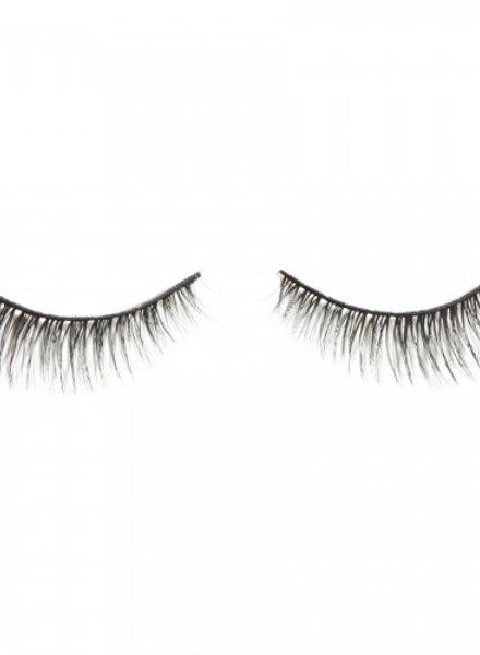 e.l.f. eyeslipsface e.l.f. False Eyelash Winged & Polished