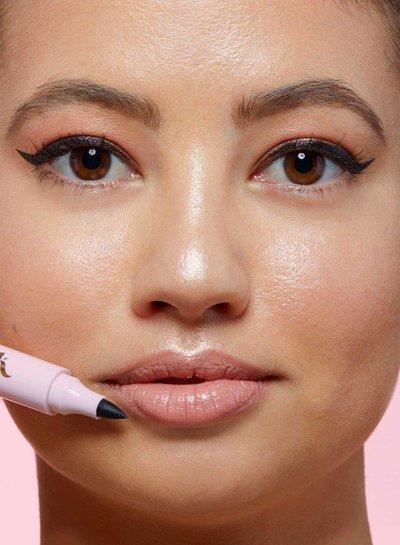 The Quick Flick The Quick Flick - Quick Fix Makeup Eraser