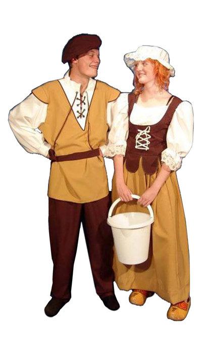 Middeleeuwse boer en boerin