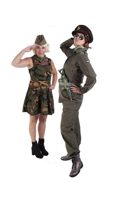 Soldaten pakken huren
