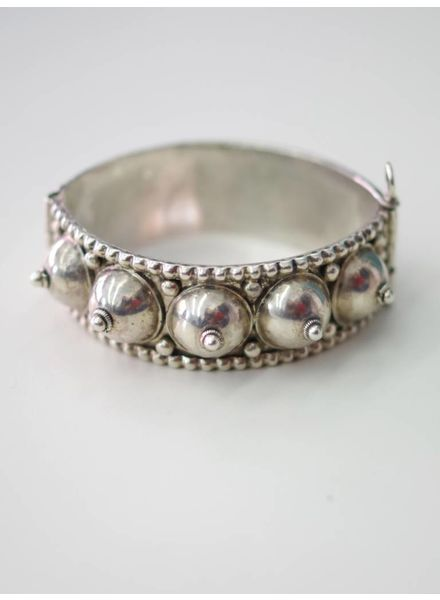 Dana Nuni Jewelry GLOBES Armreif