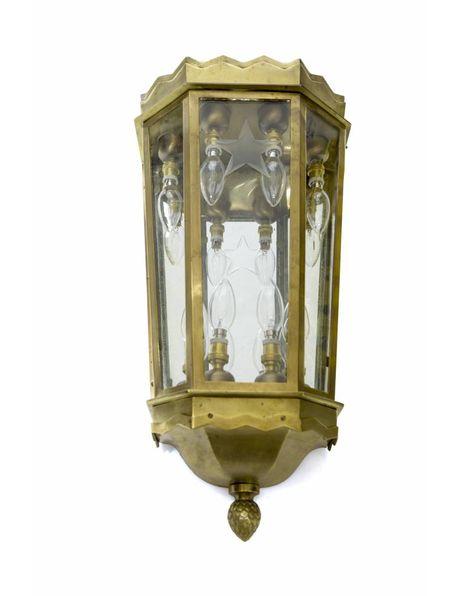 Grote bronzen wandlamp, geslepen glas, ca. 1920