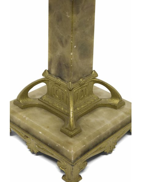 Grote tafellamp, mooie natuurstenen voet met koper, ca. 1940