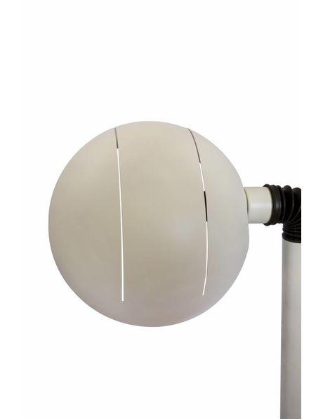 Vloerlamp, geheel mat wit metaal, robuuste vormgeving, kap is te richten
