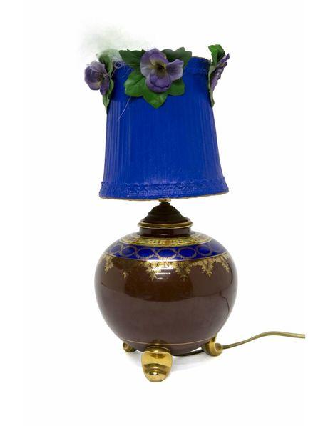 Prachtige brocante tafellamp met blauwe kap, ca. 1950