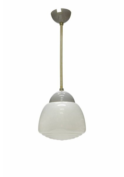 Industrial Pendant Lamp with Closed Shade