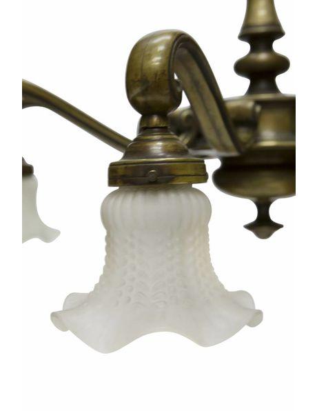Grote hanglamp met brons armatuur en 8 armen met ieder een rokkapje, ca. 1950