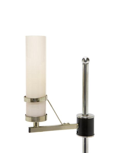 Tafellamp van glimmend chroom met glazen cilinder, ca. 1950
