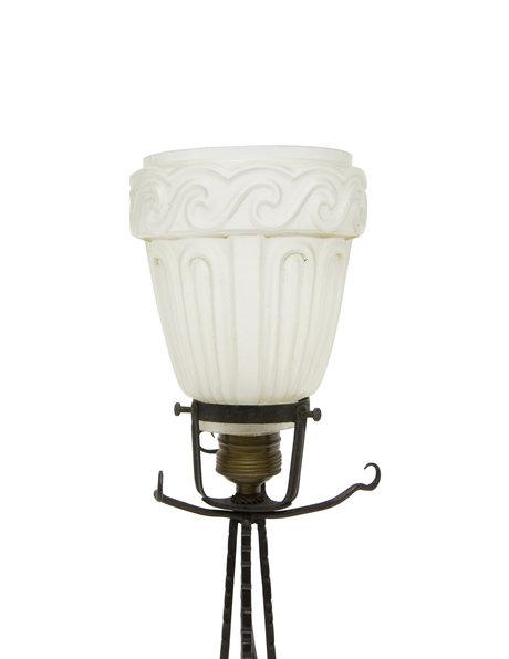 Brocante tafellamp, matglazen kapje, ca. 1930