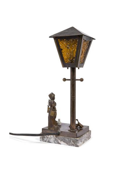 Brocante table lamp, lantern with farmer, ca.1930