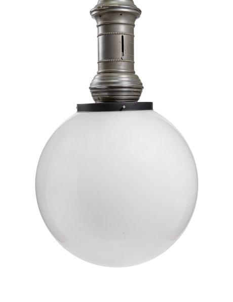 Grote ganglamp met ronde kunststof kap