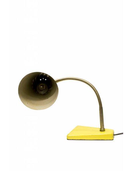 Bureaulamp industrieel, geel en zilver metaal, ca. 1950