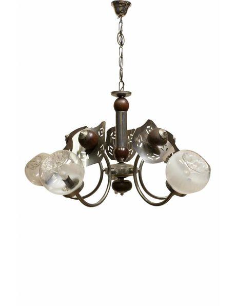 Hanglamp uit de 50er jaren chroom en hout armatuur met Murano glazen bollen