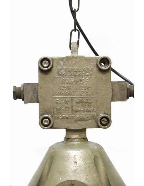 Industriele lamp, robuuste metalen houder met helder glazen cilinder, ca. 1940