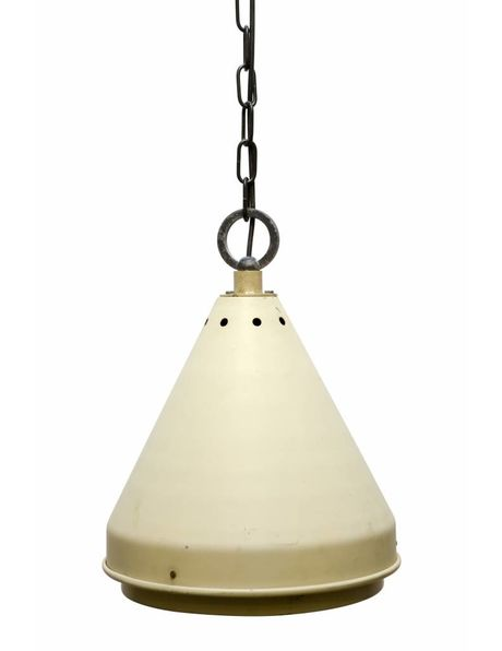 Hanglamp industrieel, uitlopende metalen kap met glas, ca. 1950