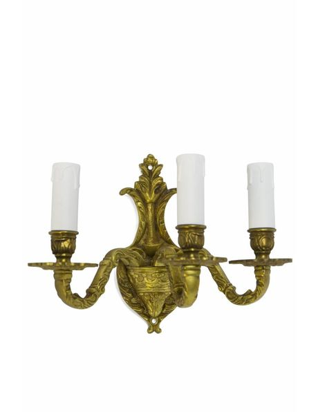 Classic wall lamp, candles crown