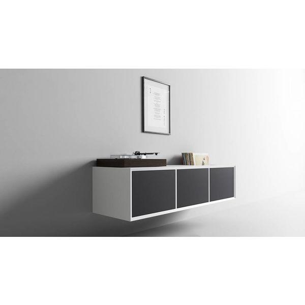 clic 230 HiFi Möbel mit Gewebetüren