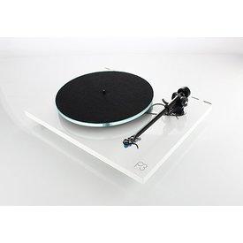PLANAR 3 Plattenspieler mit EXACT Tonabnehmer