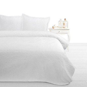 Fancy Embroidery bedsprei Serena A White