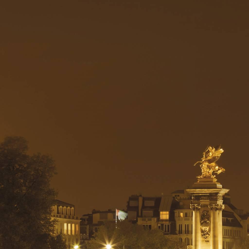 Scenics Edition 2 Fotobehang Komar Steden behang Nuit d'Or