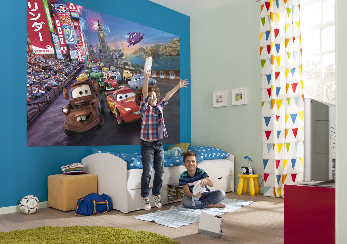 Disney Edition 4 Kinderbehang Komar - Kinderkamer behang CARS RACE