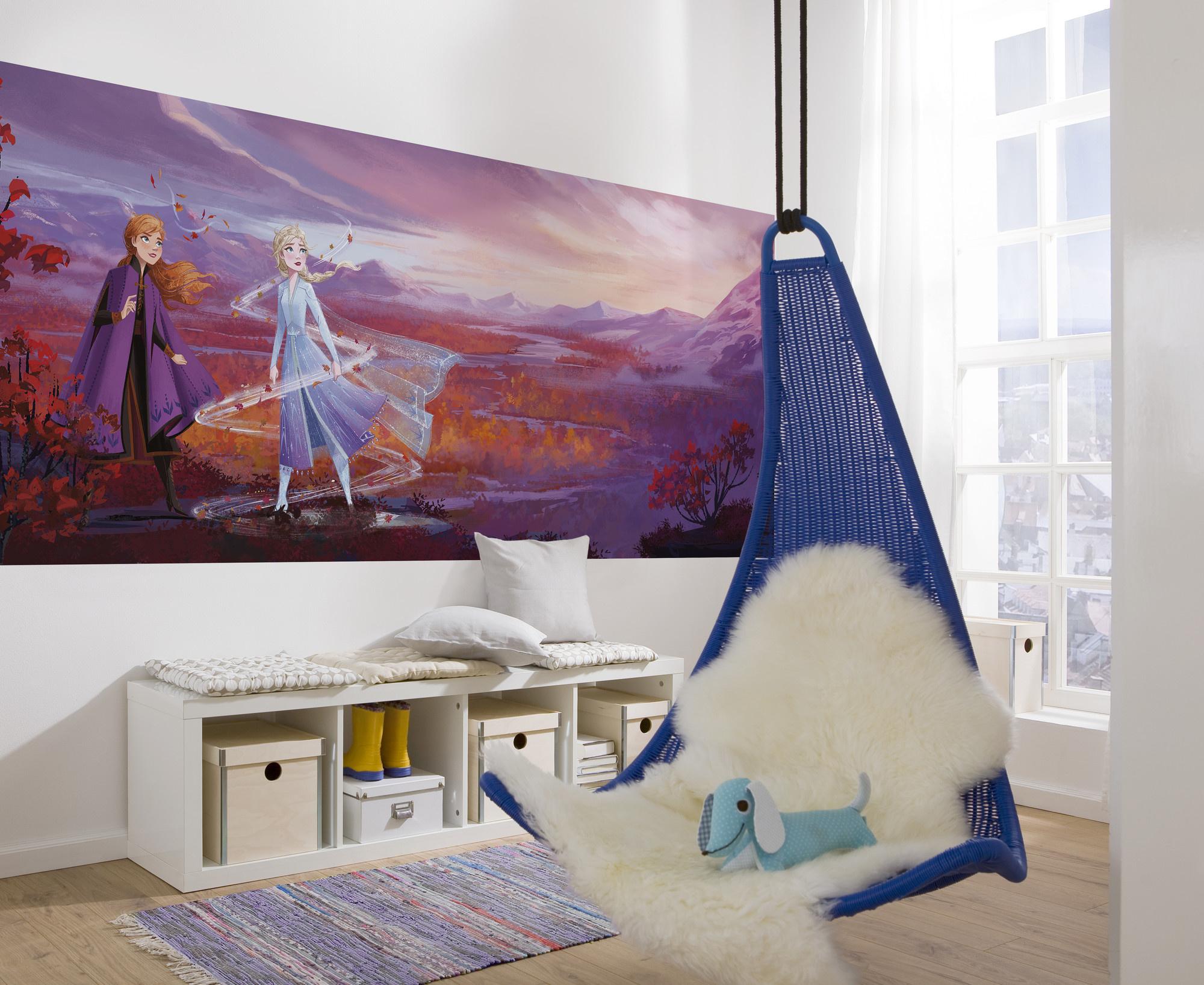 Disney Edition 4 Kinderbehang Komar - Kinderkamer behang FROZEN PANAROMA