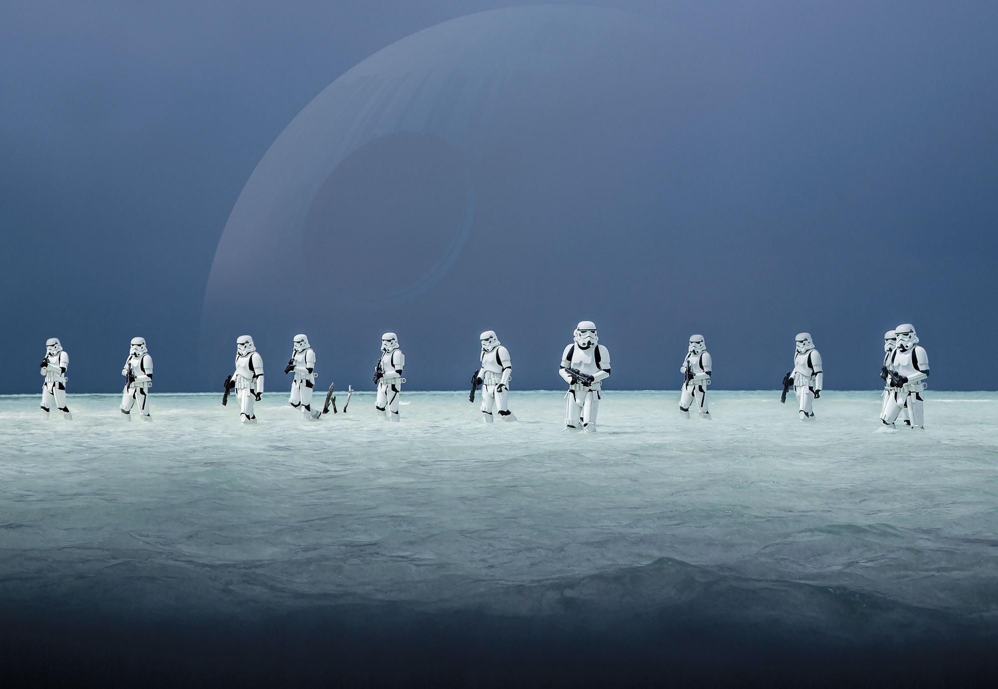 Disney Edition 4 Kinderbehang Komar - Kinderkamer behang STAR WARS SCARIF BEACH