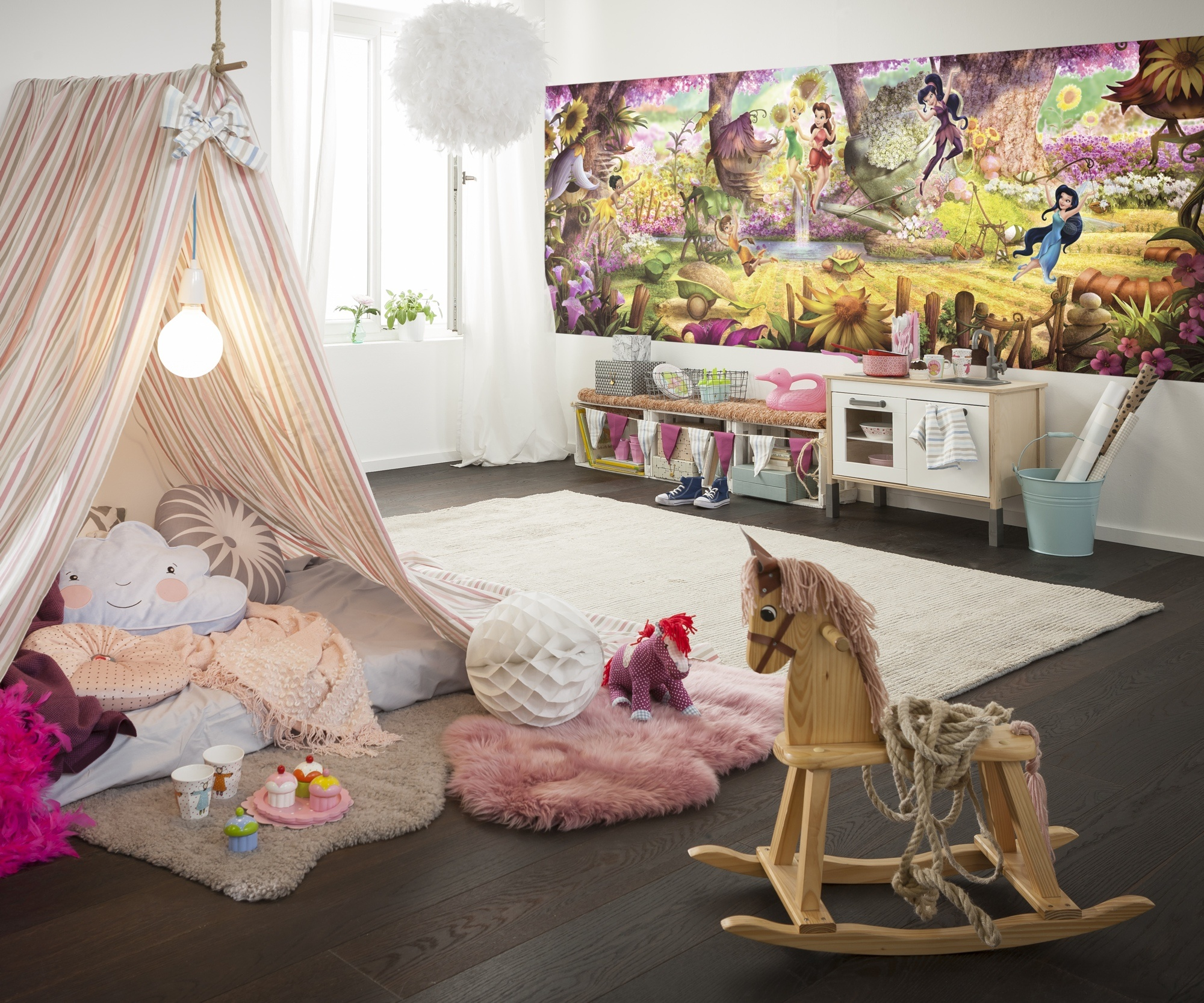 Disney Edition 4 Kinderbehang Komar - Kinderkamer behang FARIES FOREST