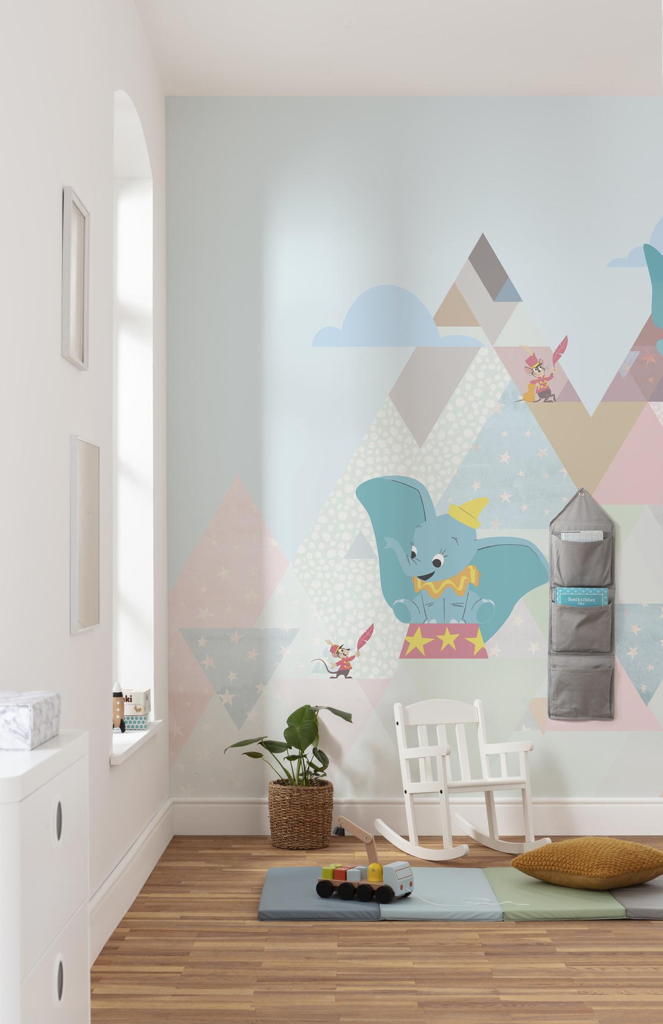 Disney Edition 4 Kinderbehang Komar - Kinderkamer behang Dumbo flying elephant