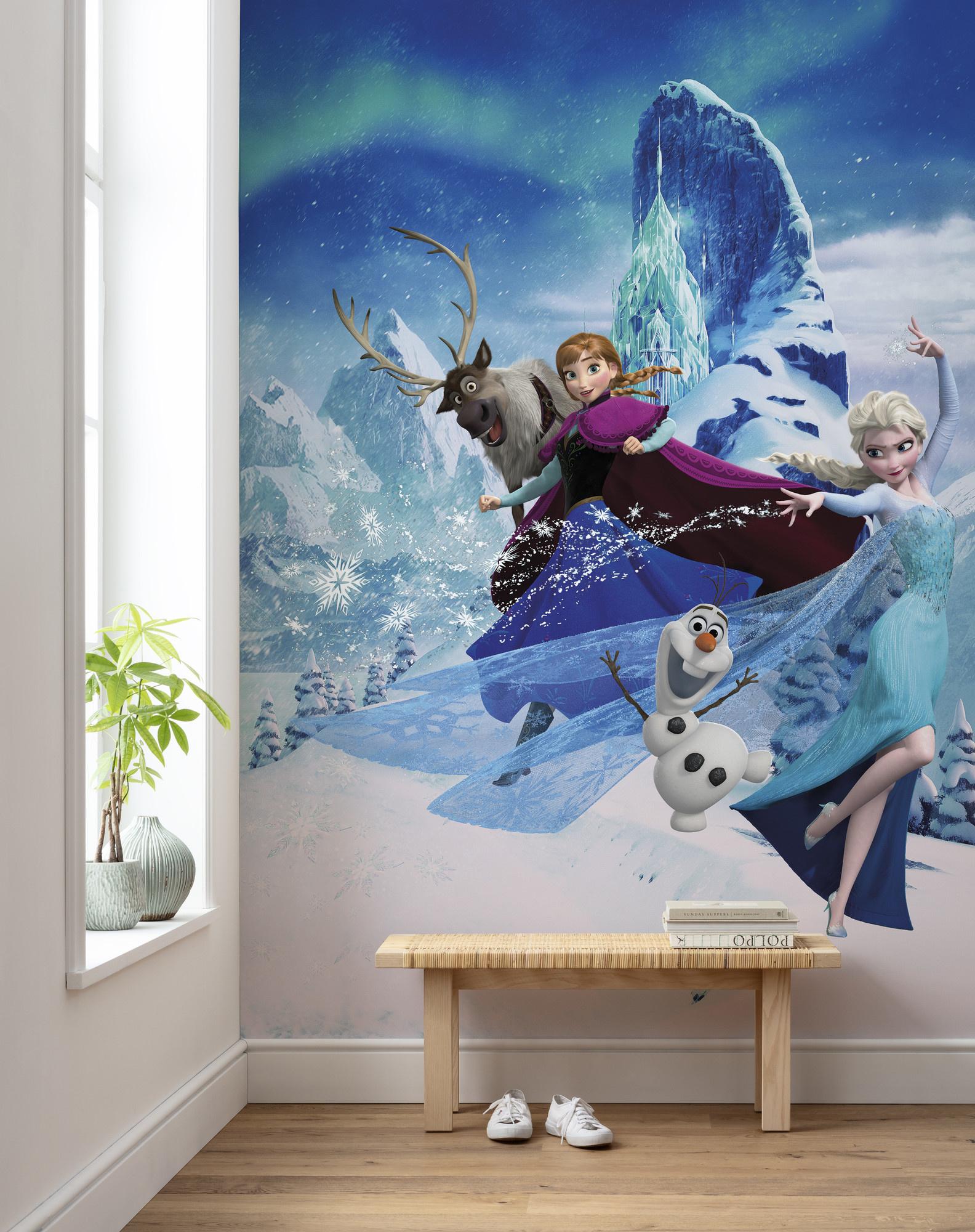 Disney Edition 4 Kinderbehang Komar - Kinderkamer behang Frozen Elsas Magic