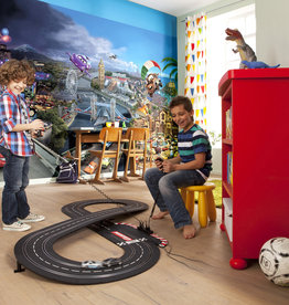 Disney Edition 4 Kinderbehang Komar - Kinderkamer behang CARS WORLD