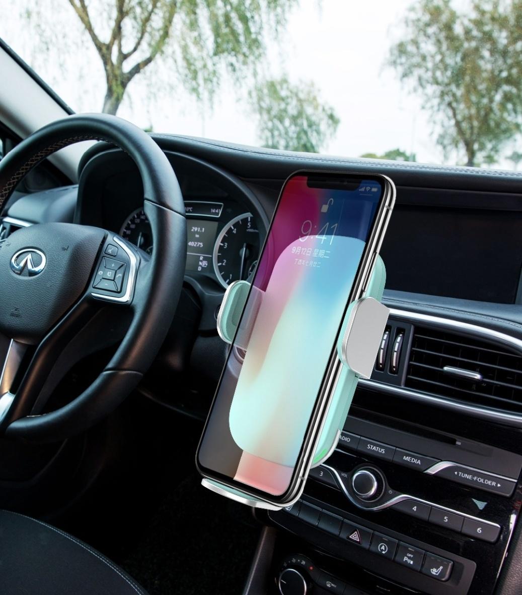 Stuff Certified® 15W Qi Draadloze Autolader Oplader Universeel 9V - 1.67A Wireless Car Charging Pad Blauw