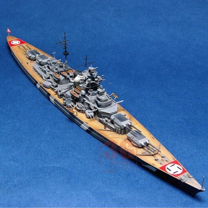 Cuirassé Bismarck à l'échelle 1:700 - Kit de construction en plastique bateau allemand bateau passe-temps bricolage modèle 05711