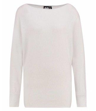 Knitted jumper batsleeve off white 1902010800