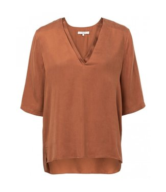 Yaya DOUBLE V-NECK TOP COOL CARAMEL 1901110-913
