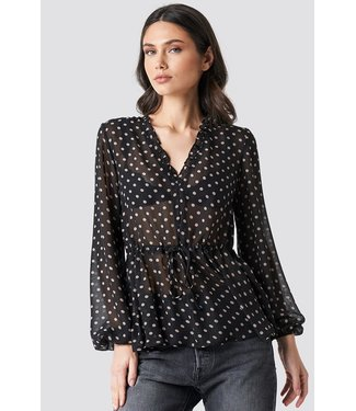 NA-KD Drawstring waist chiffon blouse zwart 1014-000374