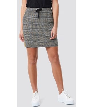 NA-KD Jaquard check skirt zwart 1018-002530