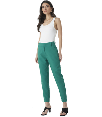 NA-KD Slim fit tapered ankle trousers groen 1018-002321