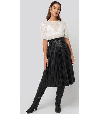 NA-KD Pleated belt skirt zwart 1018-003459