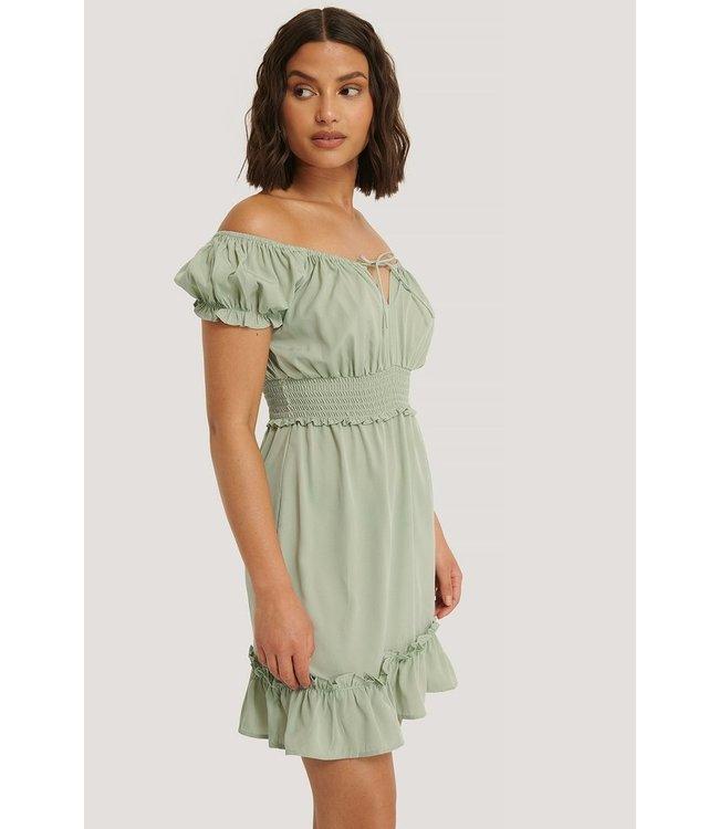 NA-KD Puff sleeve mini flounce dress groen 1014-000621