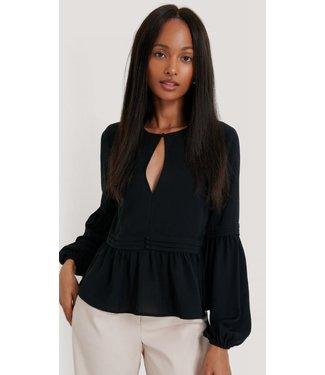 NA-KD Pleated waist flowy blouse zwart 1660-000020