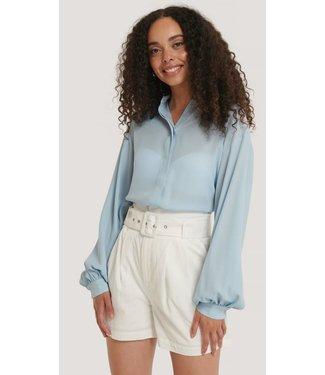 NA-KD Sheer balloon sleeve blouse lichtblauw 1594-000435